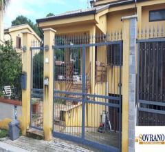 Carini/poseidon: ampia villa 185 mq