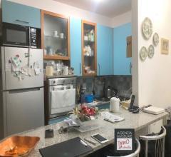 Stiava: appartamento indipendente con giardino e posto auto