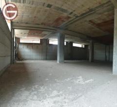 Locale commerciale in affitto a taurianova semicentrale