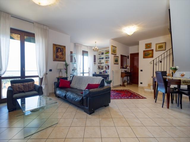 Appartamenti in Vendita - Appartamento in vendita a silvi prima fascia collinare