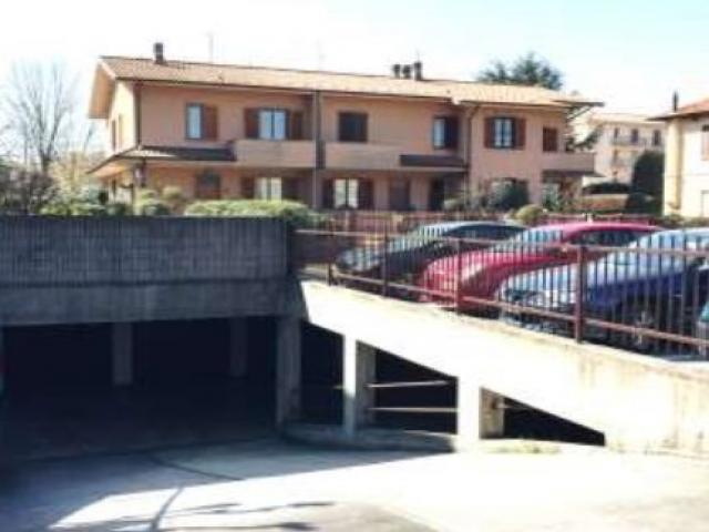 Case - Garage o autorimessa -  via delle racche