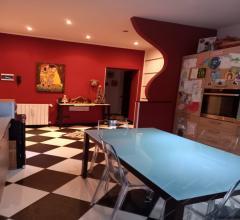 Case - Bellissima casa di corte, di soltanto  4 famiglie. a pochi passi della ferrovia nord milano.