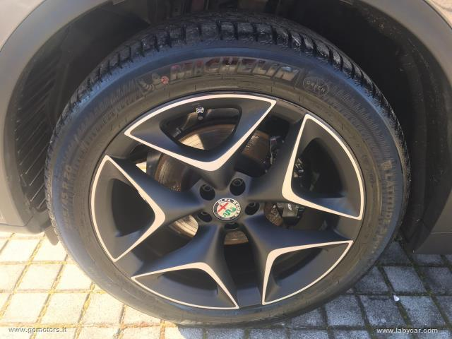 Auto - Alfa romeo stelvio 2.2 t.diesel 190cv at8 rwd super