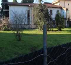 Villa singola con 900 mq di giardino