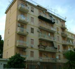 Palermo appartamento zona perpignano alta