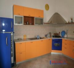 Rosignano solvay - grande appartamento con giardino e garage 400mt dal mare