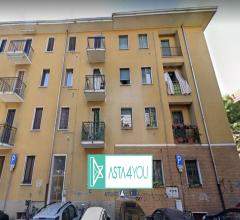 Appartamento all'asta in via villafranca 18, rho (mi)