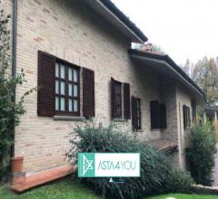 Villa all'asta in via eliseo vismara 13, arese (mi)