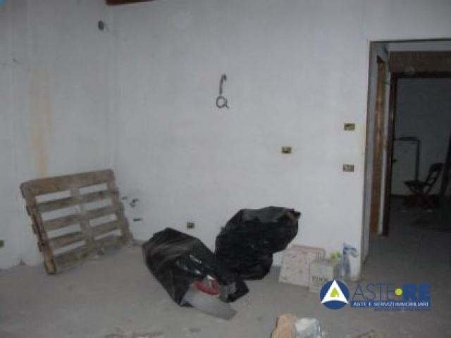 Case - Porzione di fabbricato in corso di costruzione - via della pace