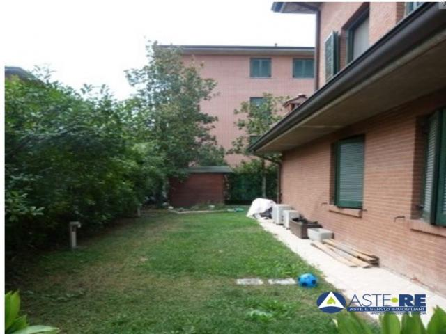 Case - Abitazione al p.t. in villino , castelfranco emilia (mo) - lotto 1