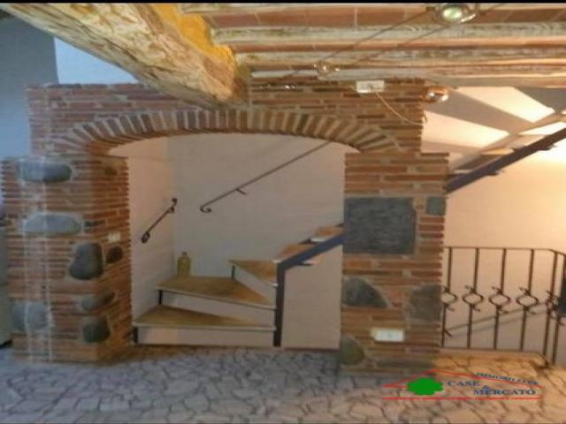 Case - Graziosissimo terratetto rifinito nei particolari