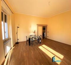 Case - Corso tacito: ampio appartamento ristrutturato