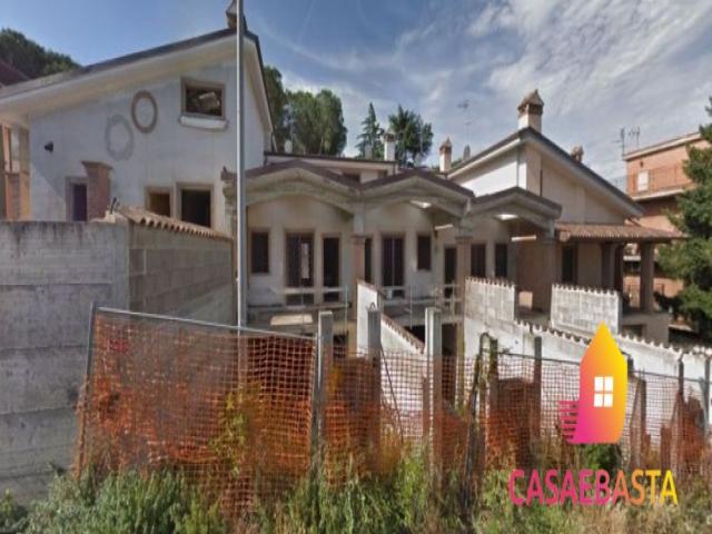 Case - Fabbricato in corso di costruzione - via sarezzano