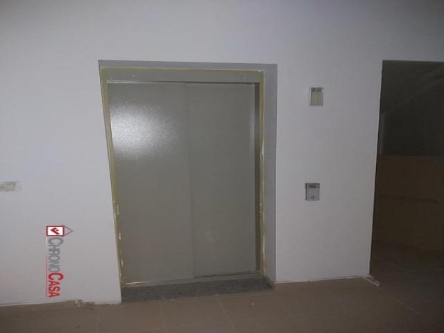 Case - Contesse pressi centro commerciale nuovo appartamento 140 mq 6°piano con mansarda