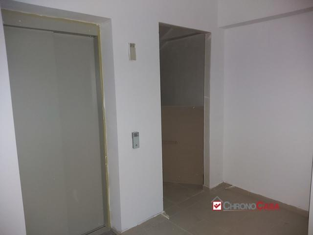 Case - Contesse pressi centro commerciale nuovo appartamento 95 mq 4° piano 4 vani 2wc