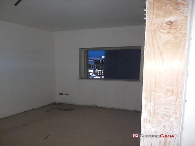 Case - Contesse pressi centro commerciale nuovo appartamento 95 mq 2° piano 4 vani 2wc
