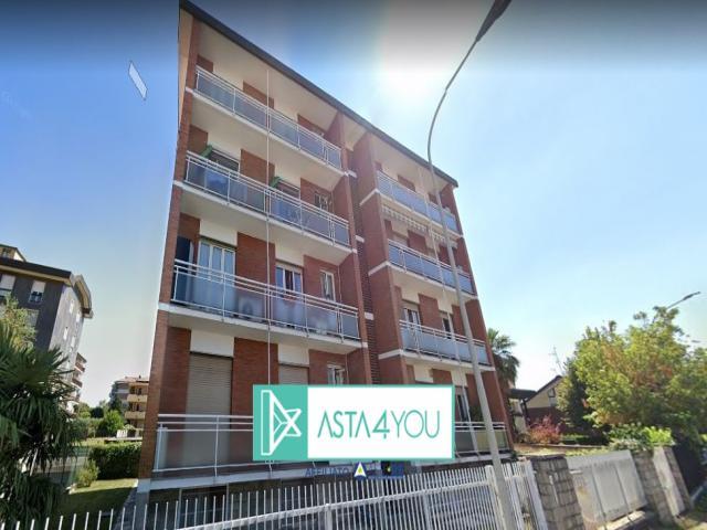 Case - Ufficio all'asta in via monte grappa 3, arese (mi)