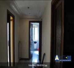 Case - Abitazione di tipo civile - via sarezzano n. 50 - 00166