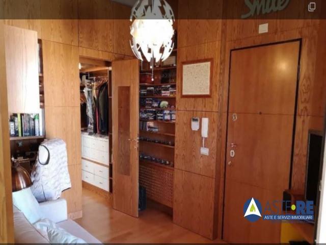 Case - Appartamento - largo vassalletto n. 6 - 00100