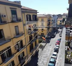 Appartamento in vendita a napoli c.so umberto/duomo