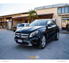 Auto - Mercedes-benz gla 180 d automatic premium