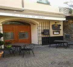 Cedesi attività di ristorazione ben avviata sita nel caratteristico borgo medioevale di villanova d'
