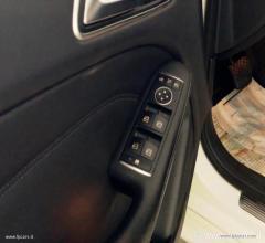 Auto - Mercedes-benz b 180 cdi automatic premium