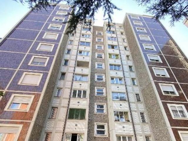 Appartamento - via alessandro litta modignani 105