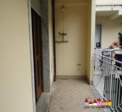 Case - Carrara appartamenti di varie tipologie