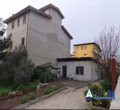 Abitazione di tipo civile - via gizzeria n. 146 - 00132