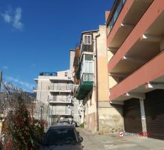 Vs874 - via polveriera appartamentino piano rialzato