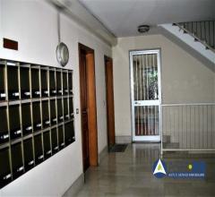 Case - Abitazione di tipo civile - via canton, 37 - 00100