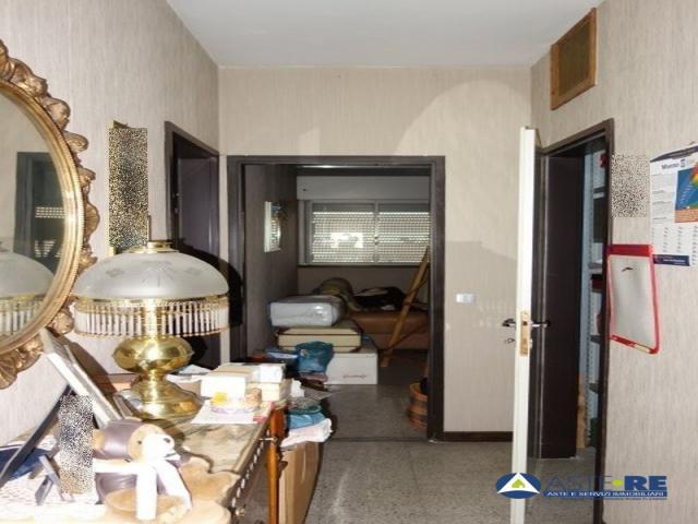 Case - Abitazione di tipo civile - via alinda bonacci brunamonti, 12 - 00100