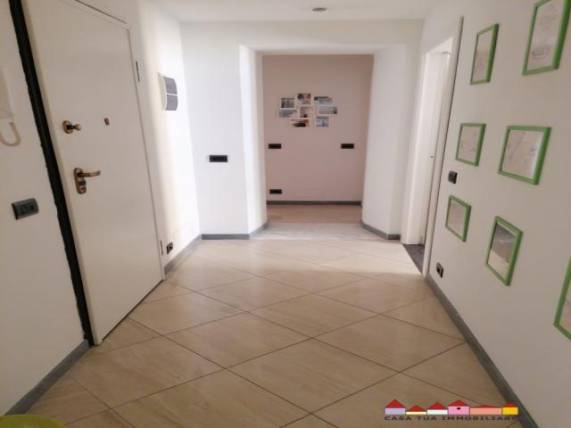 Carrara centro bell'appartamento finemente ristrutturato