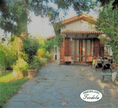 Villetta indipendente con giardino ameglia