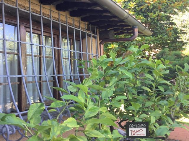 Case - Mommio castello: suggestivo rustico con vista mare e giardino