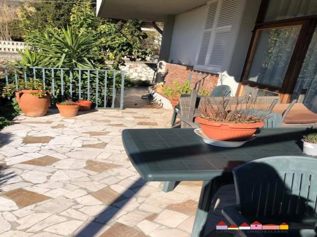 Case - Stadio appartamento con giardino