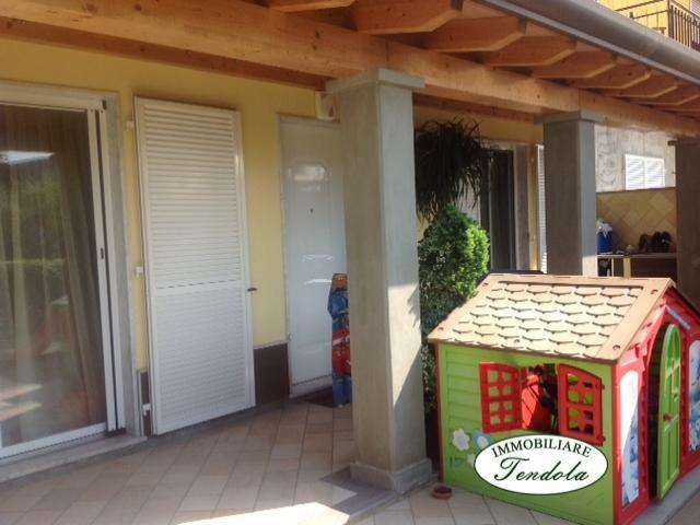 Case - Appartamento con corte e garage
