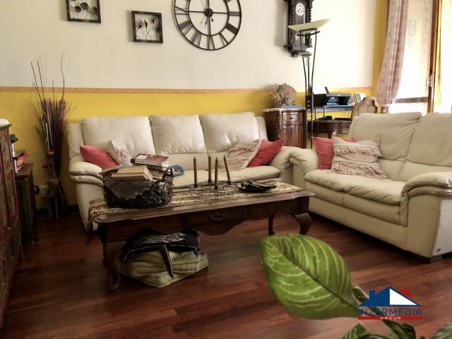 Case - 5 locali in vendita in zona savena