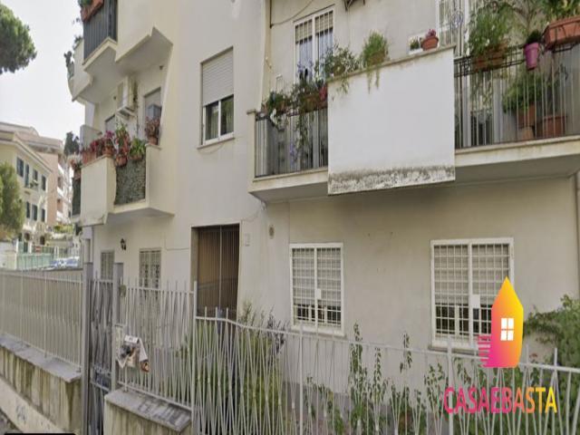 Case - Abitazione di tipo civile - via lorenzo vidaschi, 36 - 00100