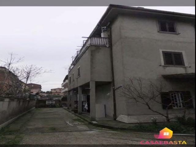 Case - Abitazione di tipo civile - via gizzeria n. 146 - 00132