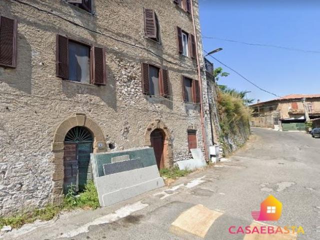 Case - Negozio - via del convento n.19 - 21
