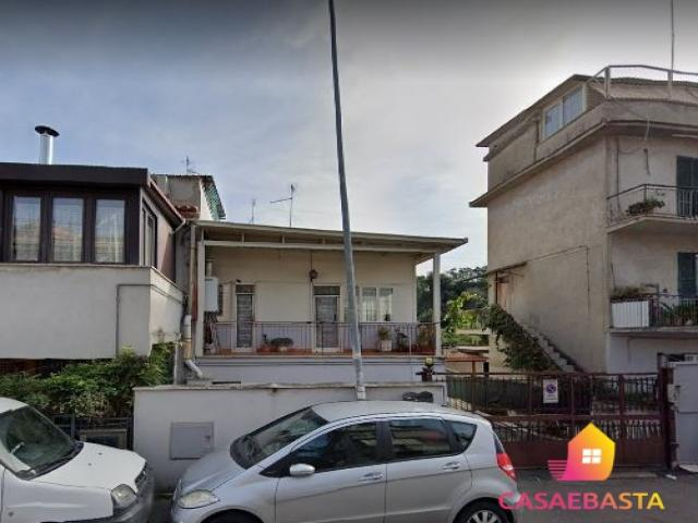 Case - Appartamento - via cornelia, 321