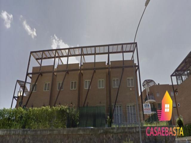 Case - Abitazione di tipo civile - via don tonino bello n. 95-97-99 - 00132