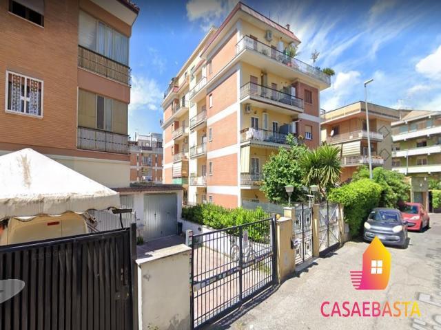 Case - Appartamento - via ferrante ruiz n. 35 - 00100