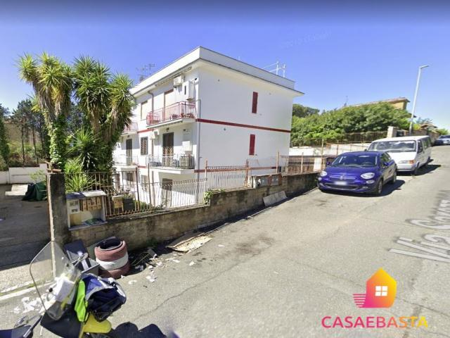 Case - Abitazione di tipo civile - via sarezzano 48 - 00166