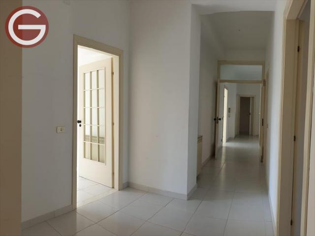 Appartamenti in Vendita - Appartamento in vendita a taurianova centrale