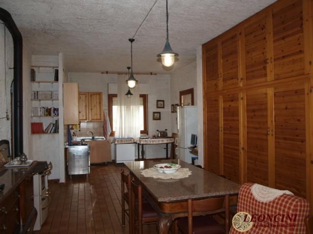 Case - A424 villa indipendente ampia metratura