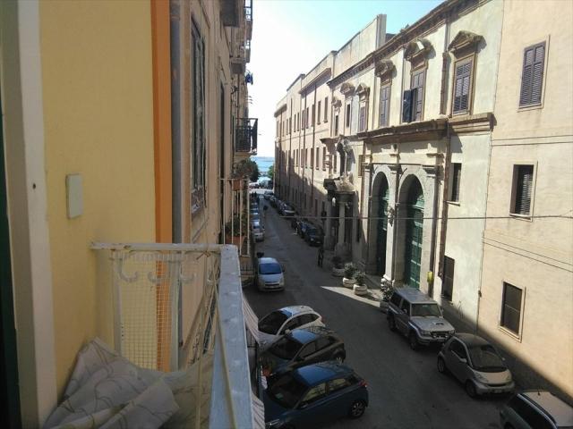Appartamenti in Vendita - Appartamento in vendita a trapani centro storico