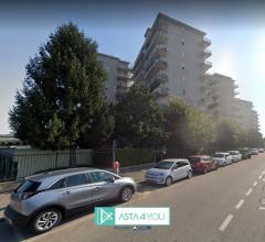 Case - Appartamento all'asta in via giorgio bizet 5, pioltello (mi)